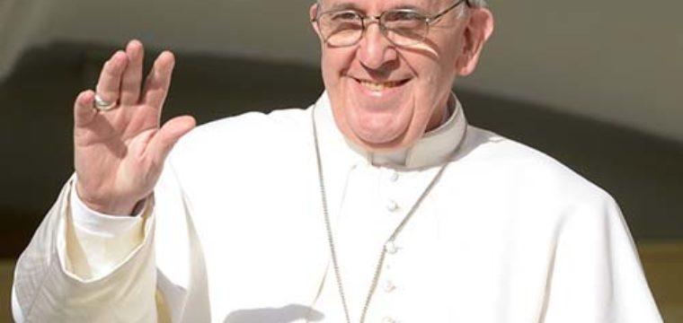 La Chiesa, l'uomo, le sue ferite: intervista a Papa Francesco